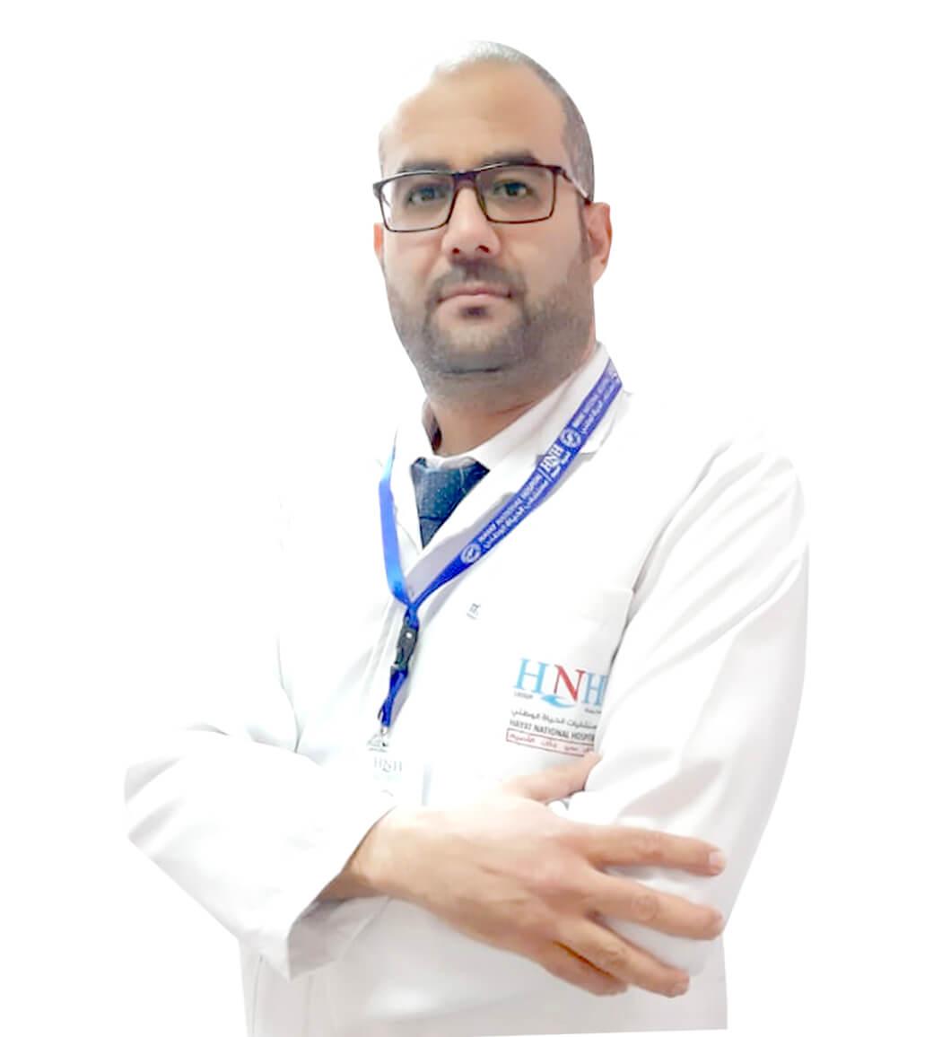 الدكتور حسام الدين حسن | أخصائي طب الاسنان | مستشفى الحياة الوطني عسير