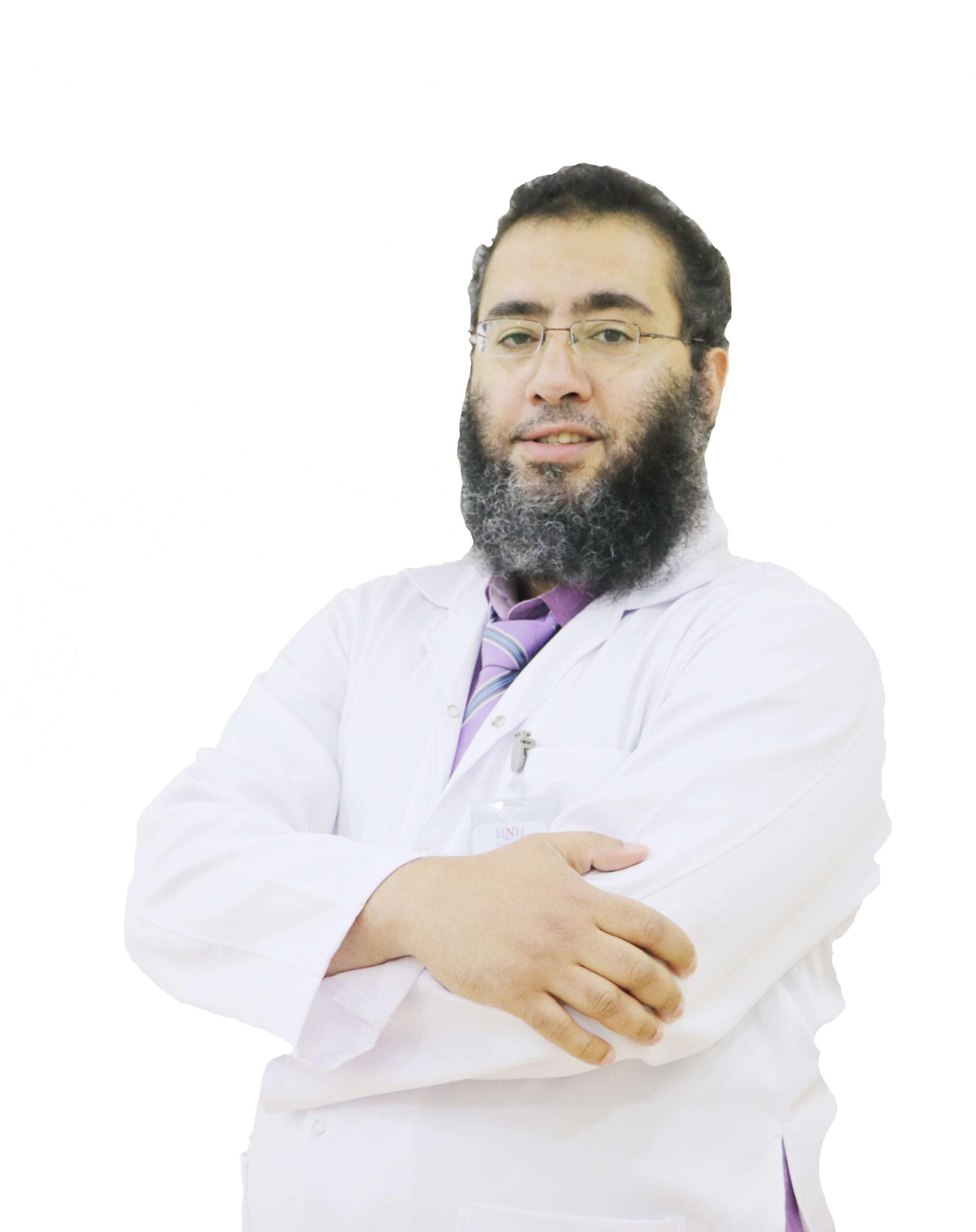 الدكتور - أحمد عبد الرازق السيد| أستشاري الجهاز الهضمي والمناظير | مستشفى الحياة الوطني القصيم